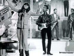 Ike Turner, en directo con Tina Turner.